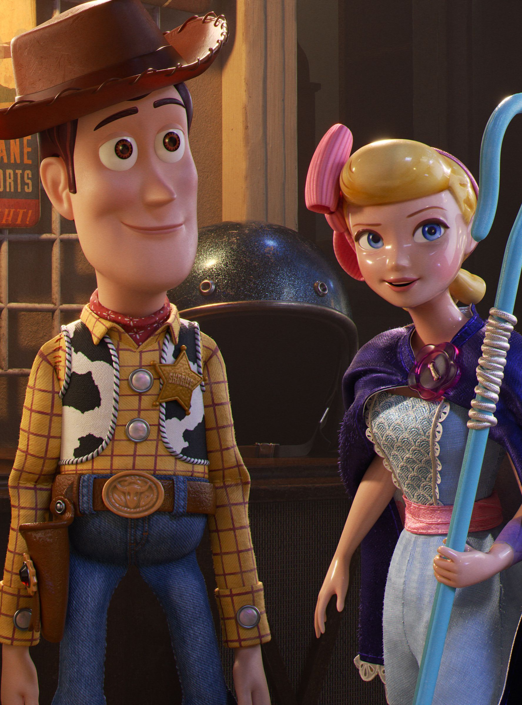 Should You See Toy Story 4 Or Child S Play Brinquedo Historia Disney Studios Walt Disney