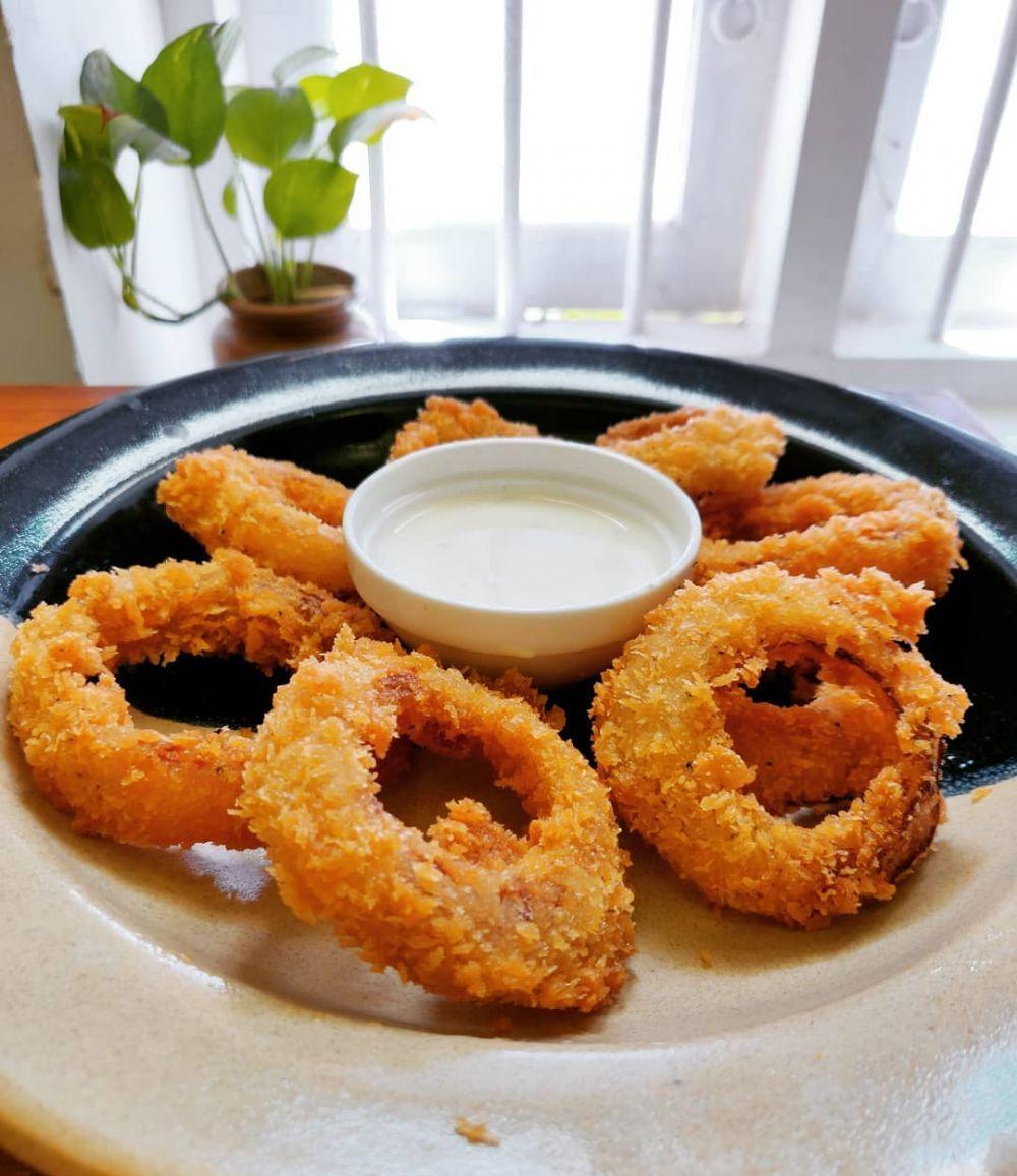 10 Cara Membuat Onion Ring Kekinian Crispy Dan Mudah Instagram Makanan Dan Minuman Saus Bawang Bombay