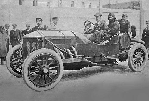 La Minerva gagnante du Circuit des Ardennes 1907, la voiture de Moore Brabazon