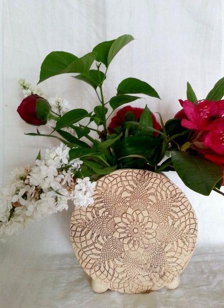 wohin blo mit den gro en blumen von art mate auf keramik von sonja seele in. Black Bedroom Furniture Sets. Home Design Ideas