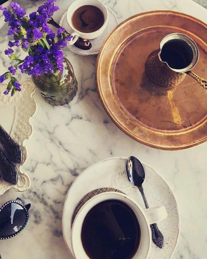 القهوه بحضور من نحب لها طعم السكر Chocolate Chocolate Fondue Desserts