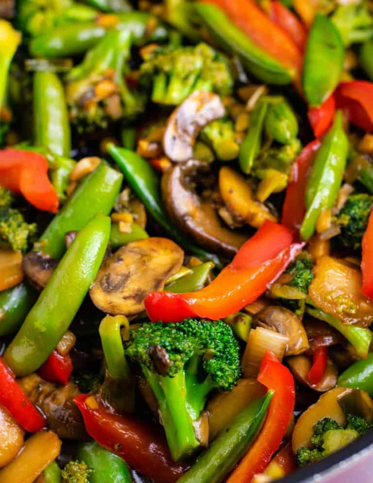 Stir fry vegetables recipe – with homemade stir fry sauce. #healthystirfry