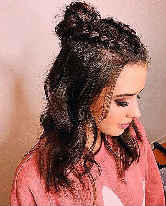 23 + nette einfache geflochtene Frisuren für schöne Frauen,  #einfache #Frauen #Frisuren #für...