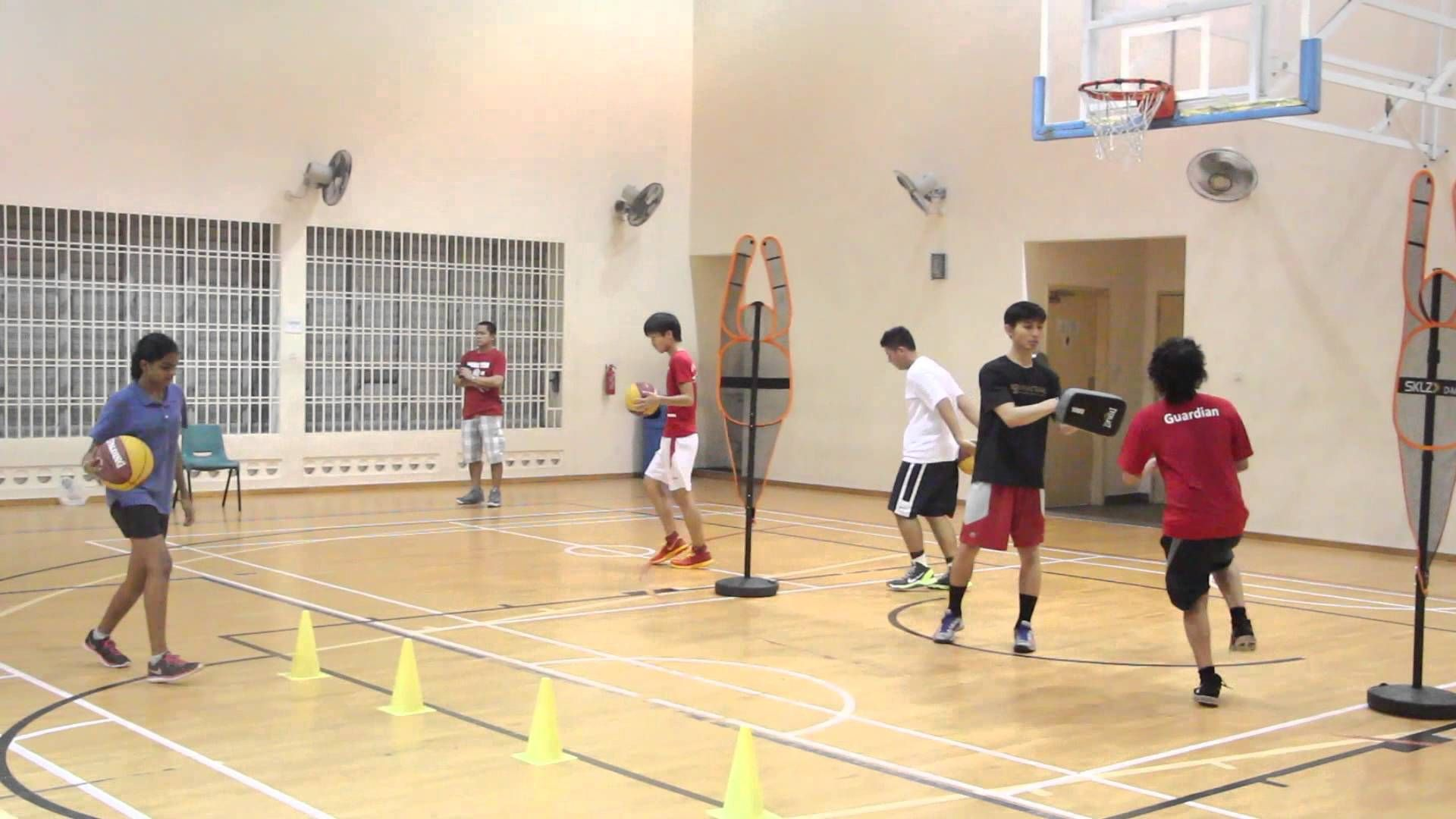 Basketball Training Lesson Singapore Basketball Academy Startyoung Sgbasketball Singaporebasketball Sgbba Basketball Training Basketball Academy Basketball