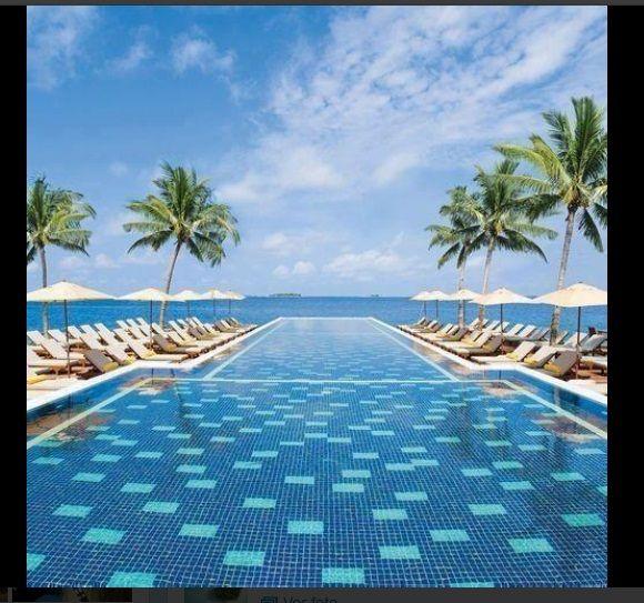 Piscina infinita en isla maldivas piscinas hermosas beautty pools pinterest maldivas - Piscinas 7 islas ...