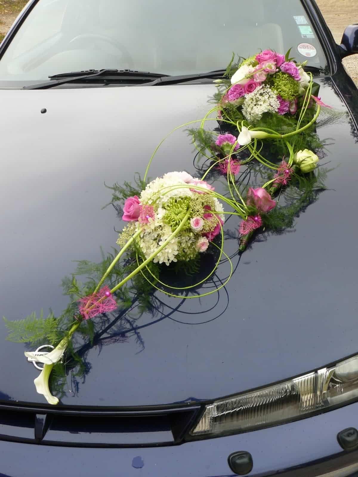Wedding decorations on cars  Un modele de voiture de Atelier Florevent  Photo   Slubauto
