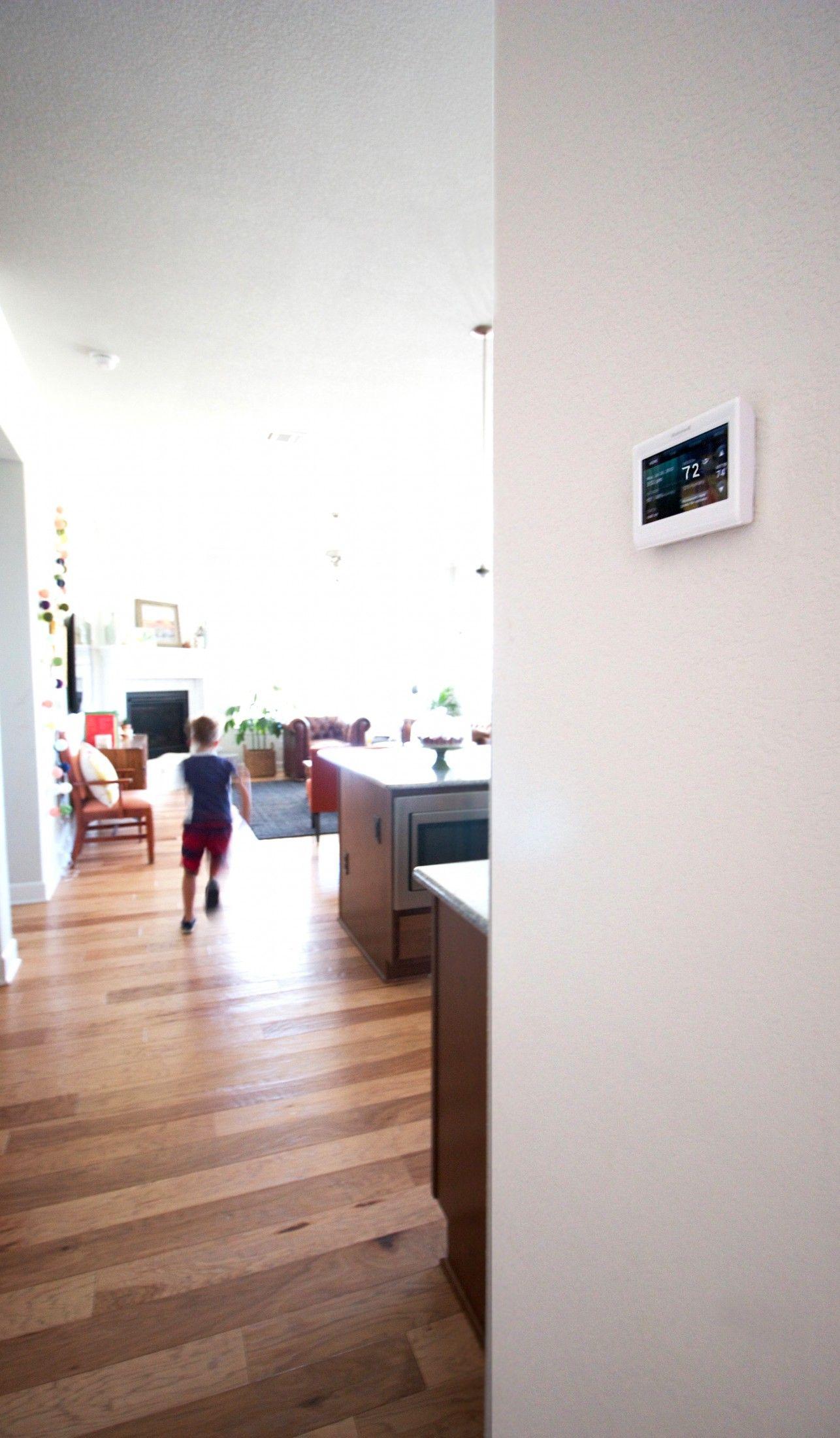 Honeywell WiFi Programmable Thermostats Hardwood floors