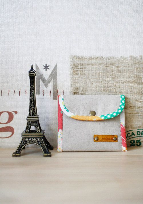 Coin Purse DIY tutorial in pictures. What a cute and simple idea ...