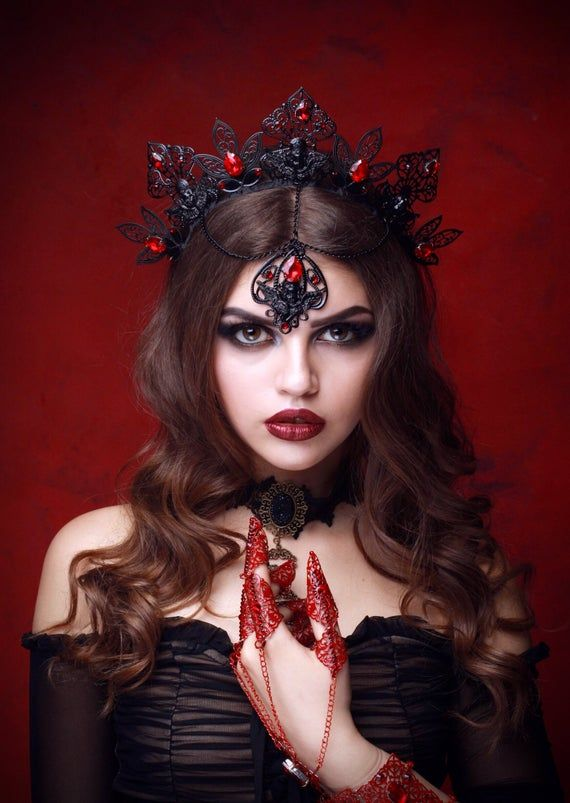 VESPER Black Queen Crown Gothic Women Crown Tiara Black | Etsy