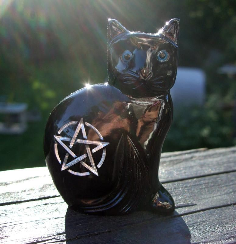 Large 3 5 Onyx Witch S Familiar Black Cat With Silver Engraving In 2020 Witches Familiar Black Cat Wiccan Witch