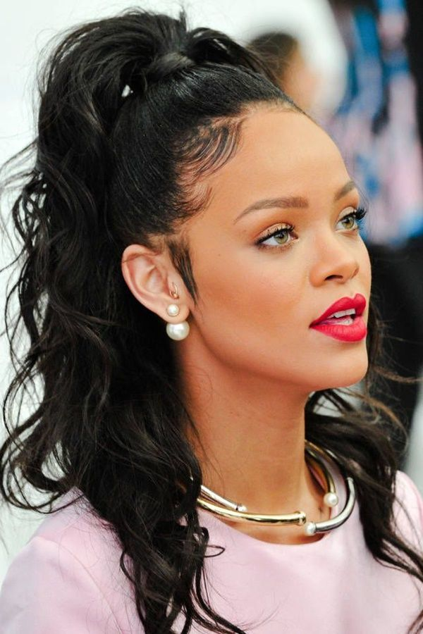Rihanna Hairstyles Rihanna Hairstyle From Time To Time  Pinterest  Rihanna Hairstyles