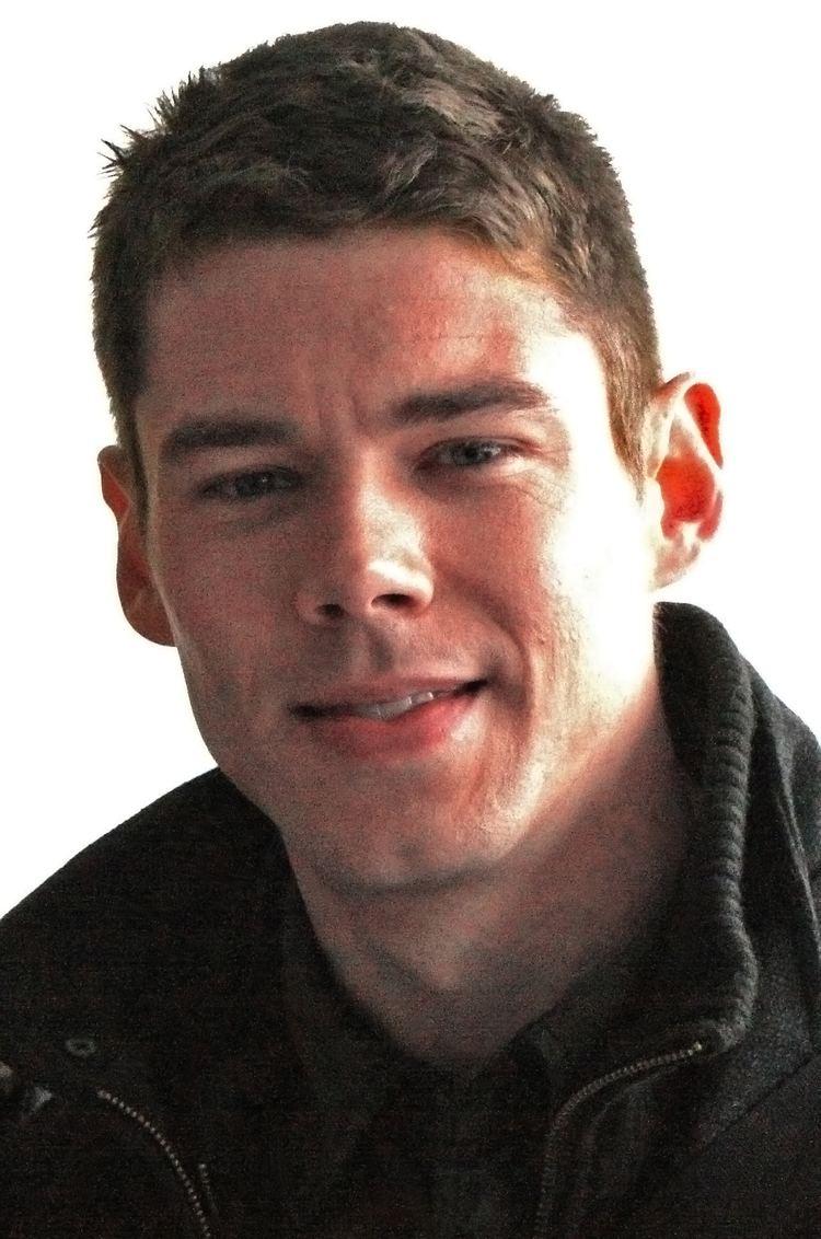 Brian J Smith En 2020 Actores Guapos Actrices Jamie Clayton