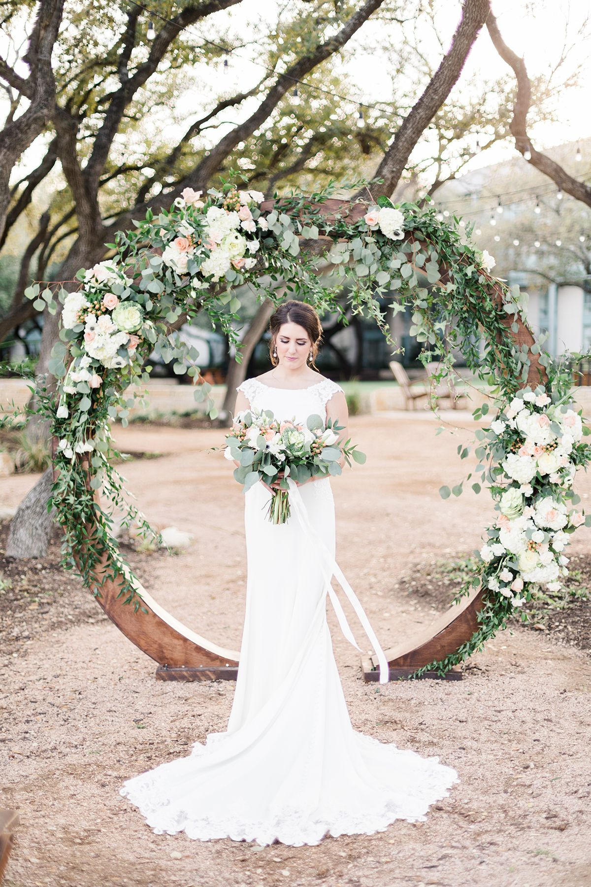 Decoration Tonnelle Mariage Romanticly Sun Kissed Garden Wedding Ideas In Texas