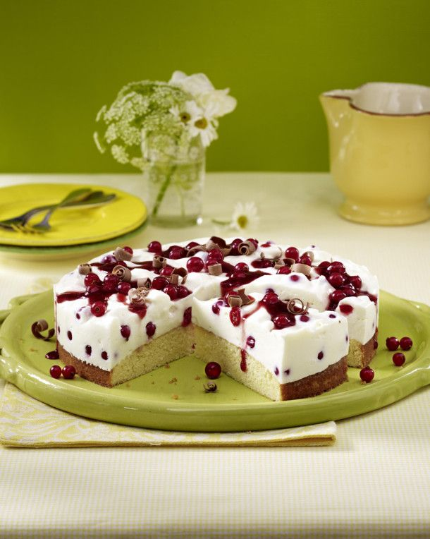 Unser beliebtes Rezept für Johannisbeer-Buttermilch-Torte und mehr als 55.000 weitere kostenlose Rezepte auf LECKER.de.