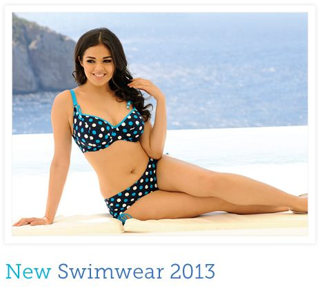 58f0f8600a3 Tips to Choosing Bathing Suits for Curvy Women | Clothes | Swimwear ...