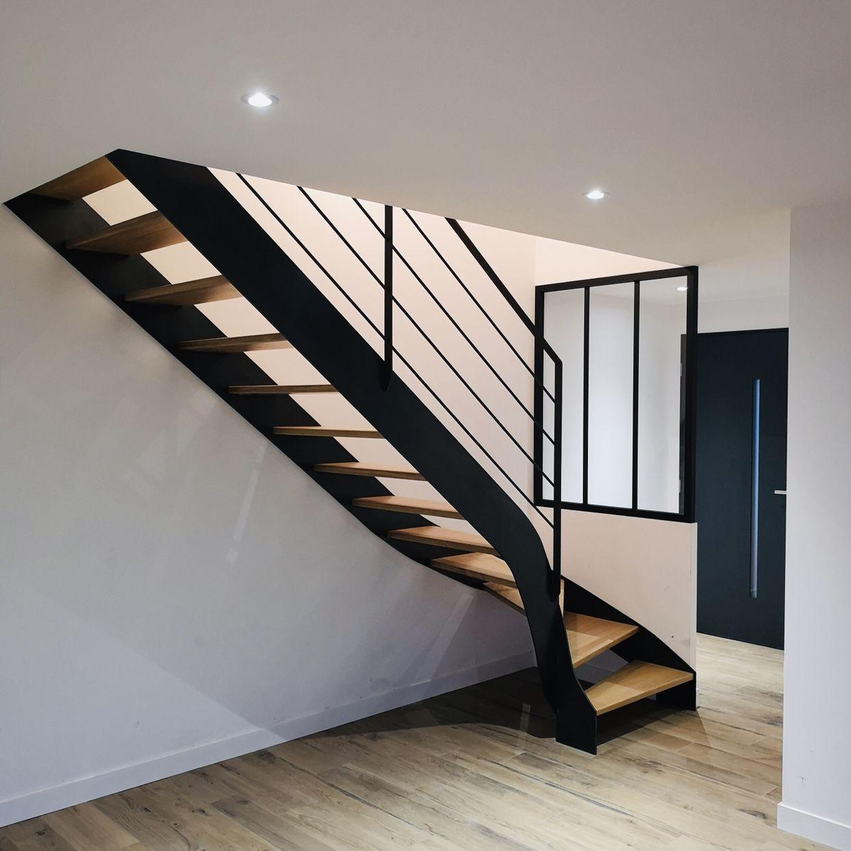 nouvelle r alisation d un escalier quart tournant bois. Black Bedroom Furniture Sets. Home Design Ideas
