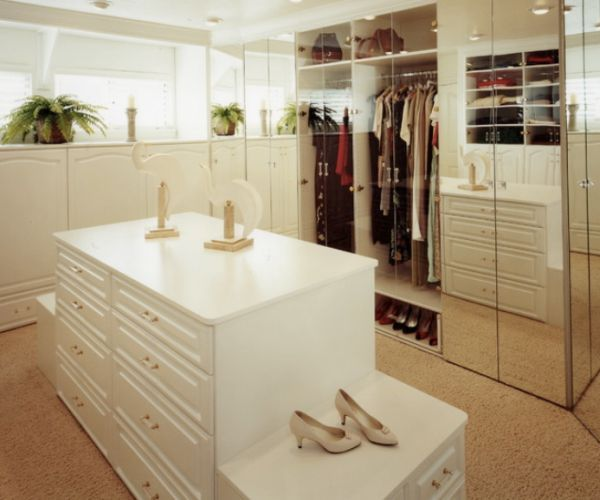 An Island  Provides Storage But Also Can Be A Centerpiece Where Accessories  Can Be Displayed