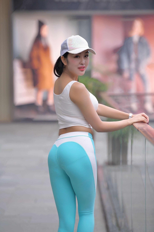 Asian pantie and pantie hose