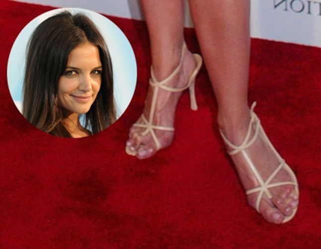 71434861db 15 Celebrities with the Ugliest and Weird Feet | Kfullmoon ...
