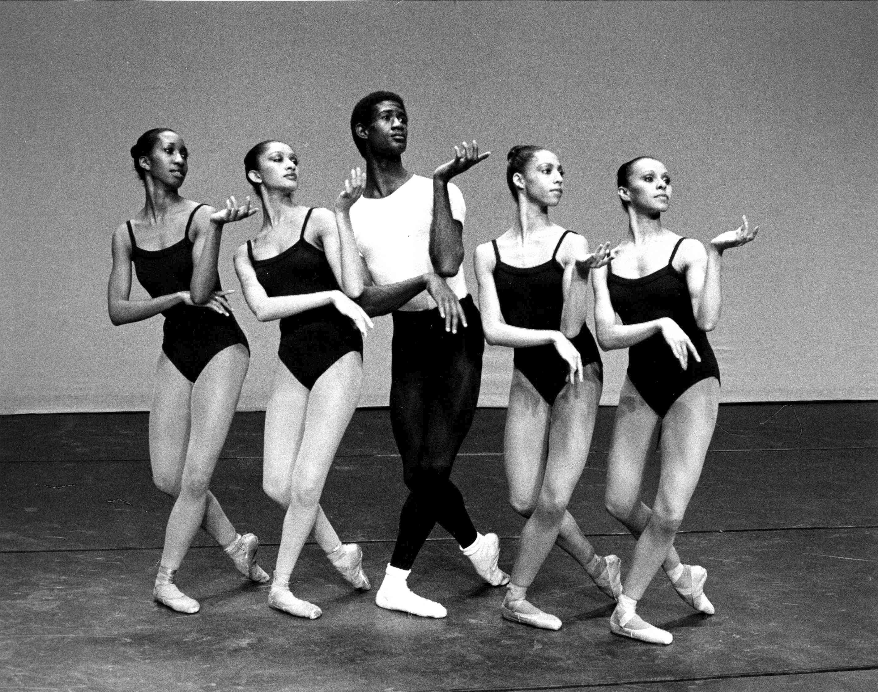 Four Temperaments By George Balanchine Photo Marbeth Dancers