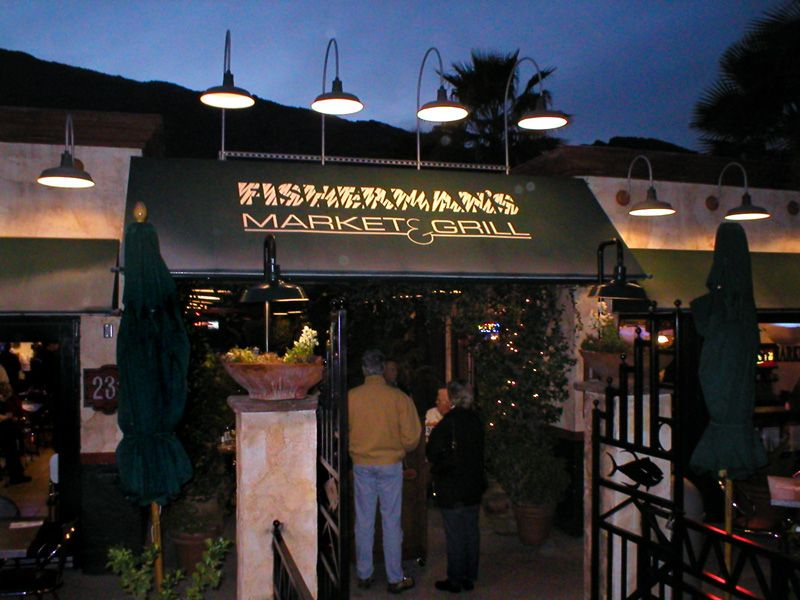 Enjoy fresh fish in the desert at fishermans market and