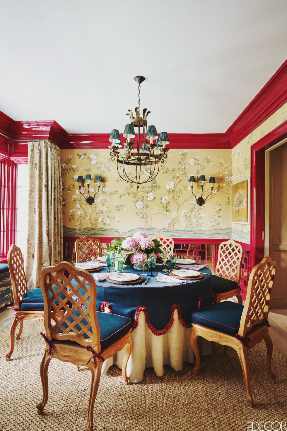 Places A Summer Home In East Hampton This Is Glamorous Red Dining Room Elle Decor Dining Room Paint