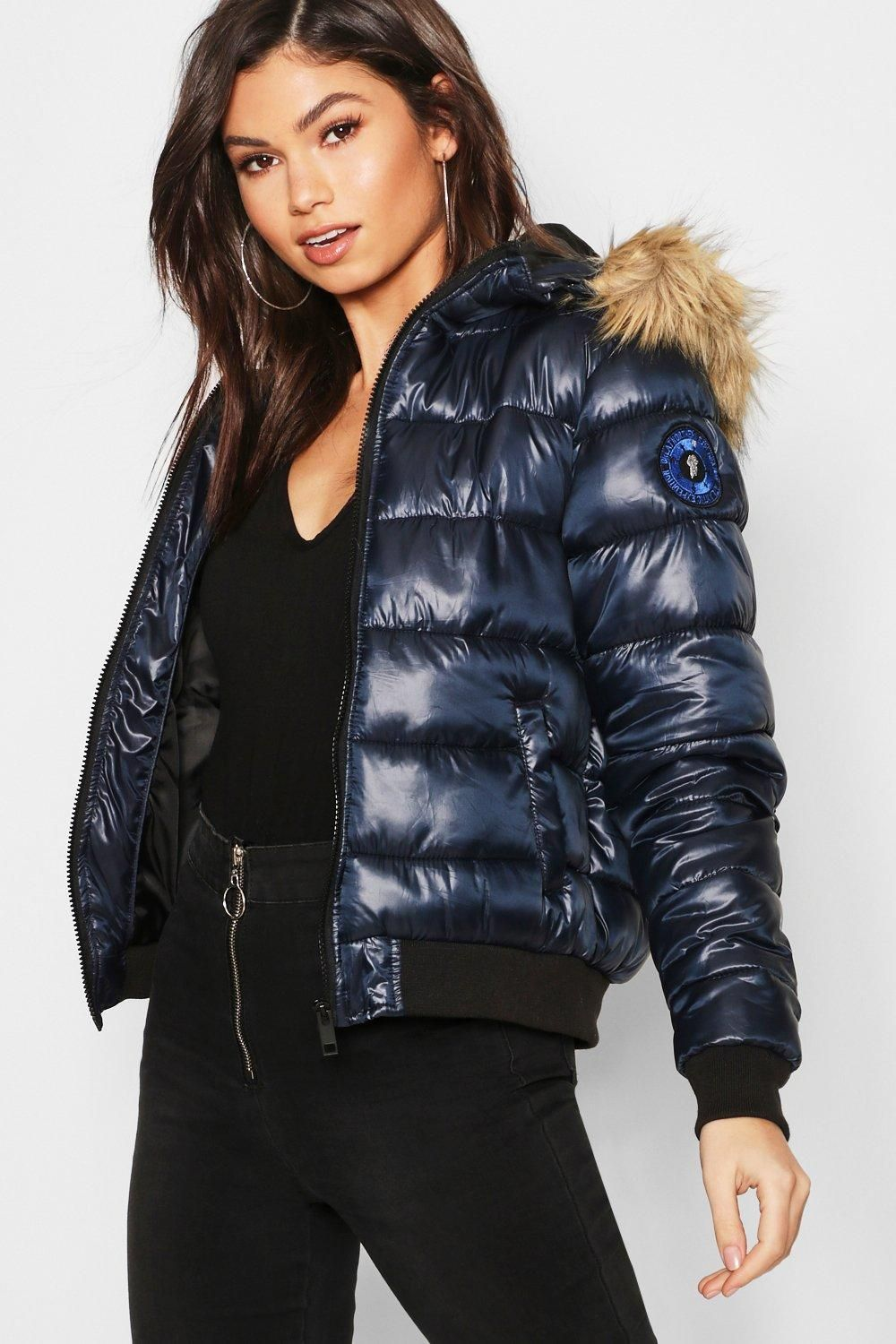 Night to Class out: puffer vest