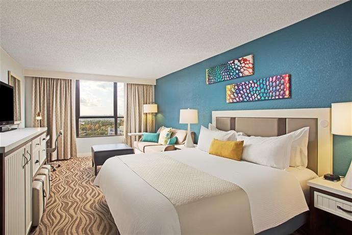 Sofa Sale Wyndham Lake Buena Vista Resort Disney Springs r Resort Area Orlando Find the best