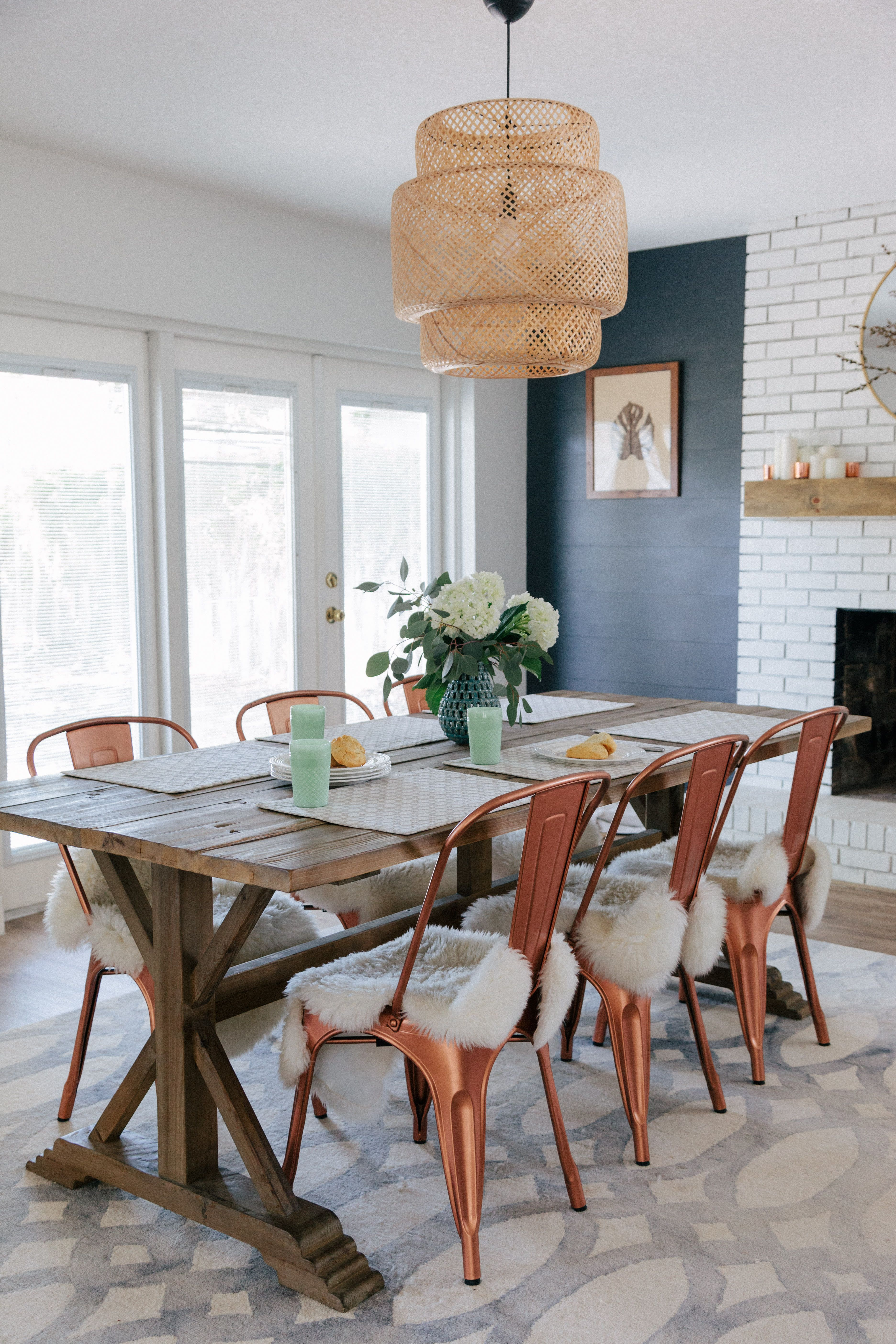 A Laid Back Home Was Decorated On A Shoestring Budget Dining