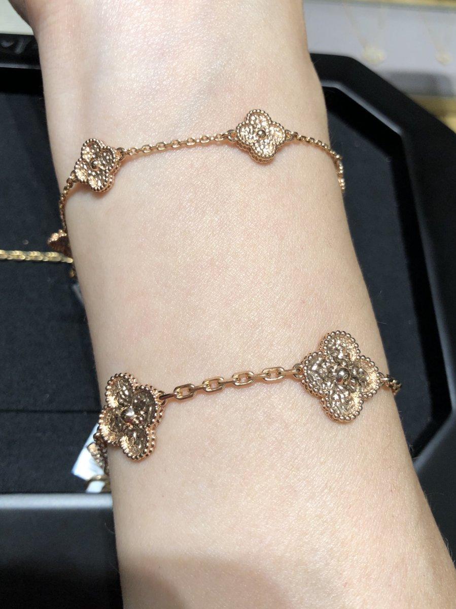 Pin On Juwelen