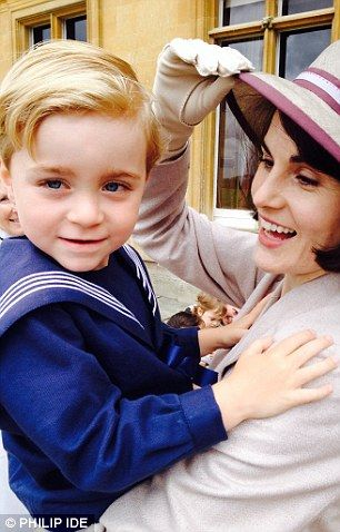 Downton S Very Devilish Little Darlings Lady Mary Downton Abbey