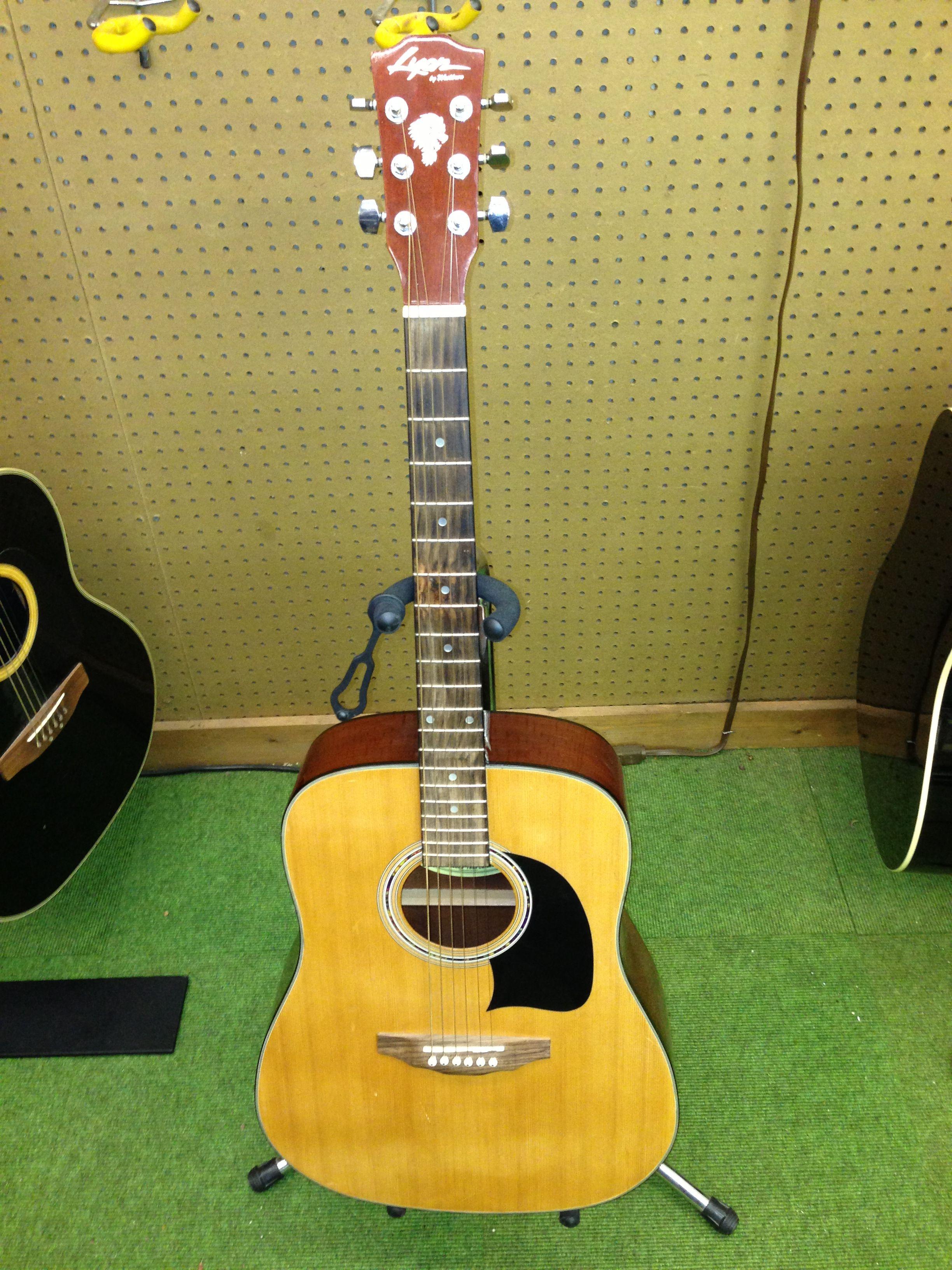 69 99 lyon by washburn model lg2tpak acoustic guitar musical