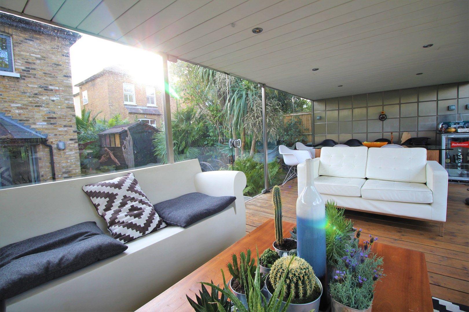 Photos of Clarendon Road, London E18 45515154 Zoopla