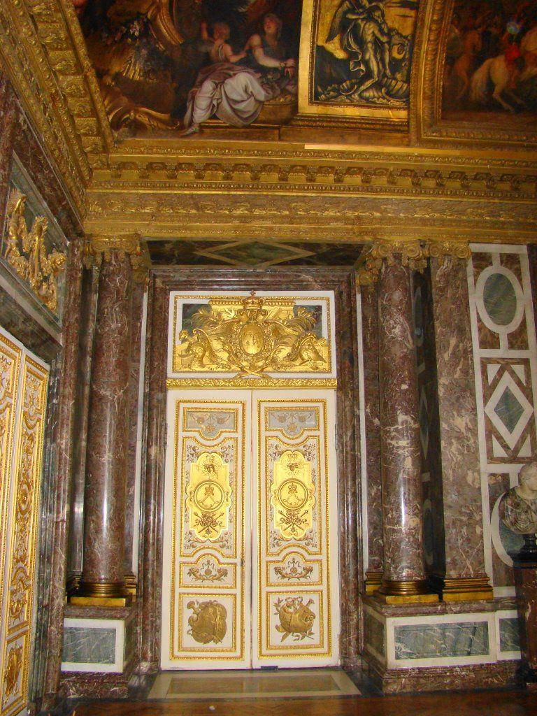 chateau de cornillon interior images | Chateau de Versailles ...