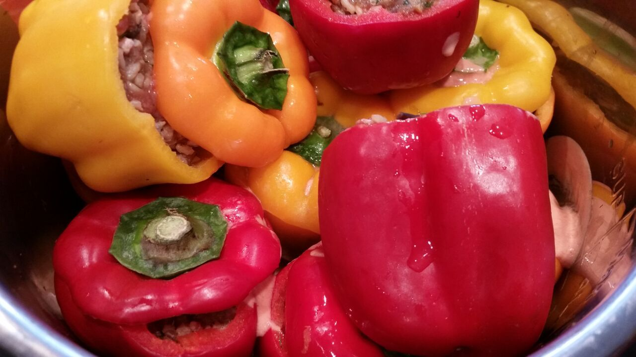 Rice and Mince Stuffed Peppers | Stuffed peppers, Stuffed ...