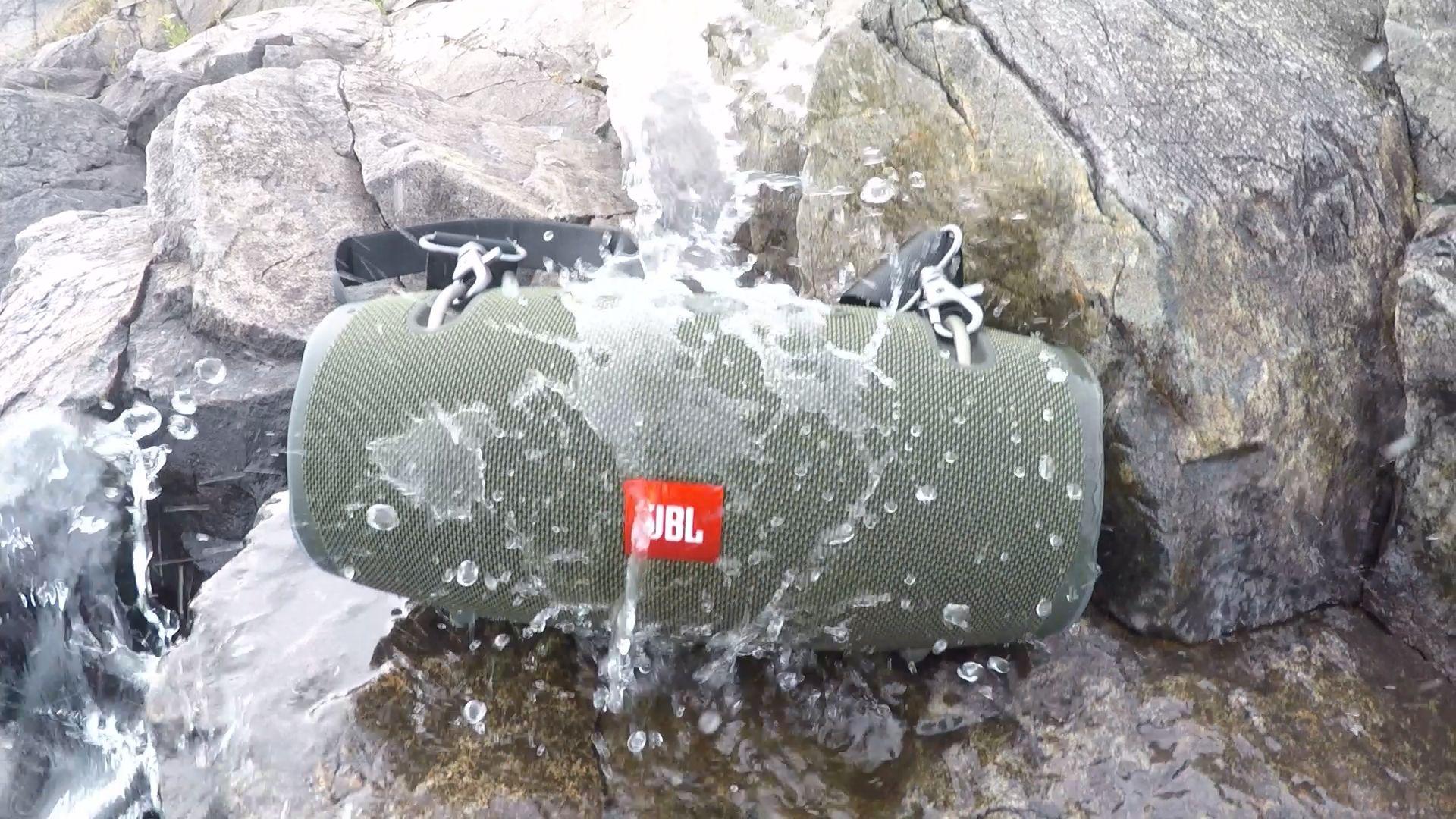 JBL Xtreme 2 Waterproof Speaker Review   Outdoor Cool
