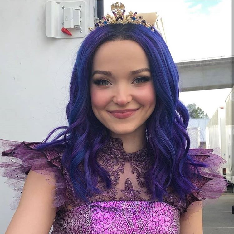 My Queen Dovecameron Descendants3 With Images Dove