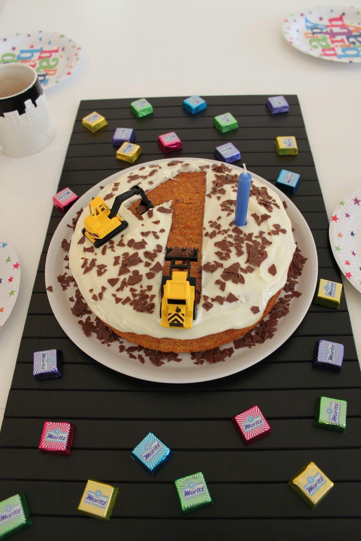 1 Geburtstag Kuchen Bagger Jungen Torte Kinder Kuchen Geburtstag Torte Kindergeburtstag Geburtstag Kuchen