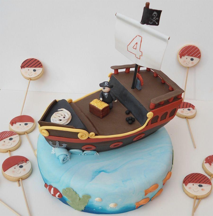 tarta-barco-pirata-galletas-pirata | Tartas | Pinterest | Tartas ...