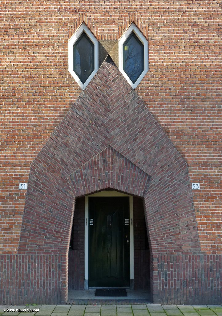 Image Hosted by PicturePush | Proto-modern: Bricks ...