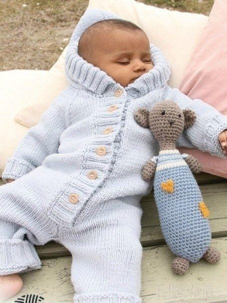 Вязаный комбинезон для новорожденного - схема вязания