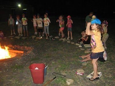 Girl Scout Learn Facts About Campfire Safety Do39s Keep