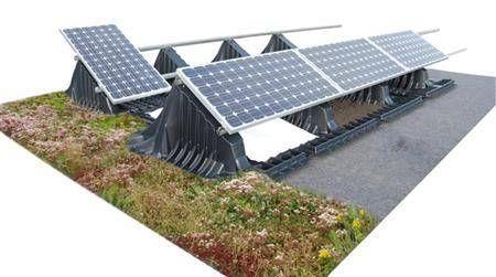 Plants On Green Roofs Help Solar Panels Keep Cool Solar Panels Solar Roof Green Roof