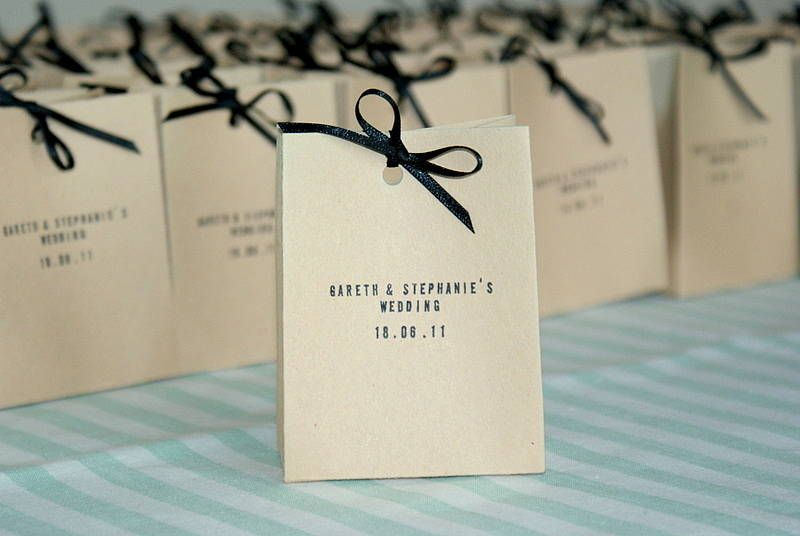 Are you interested in our Wedding Favour bag? With our Rustic Favours for  weddings you need look no further.