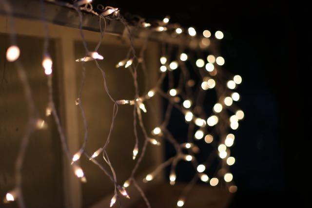 White String Christmas Lights.Icicle Lights Clear White Wire Icicle Lights Icicle