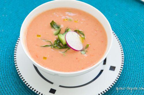 What makes this vegan Gazpacho so creamy? Avocado and cucumber!