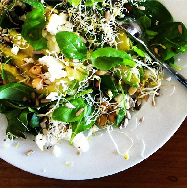 salad a la verdenius // baby leaf spinach // avocado // feta // sprouts // basil // olive oil //