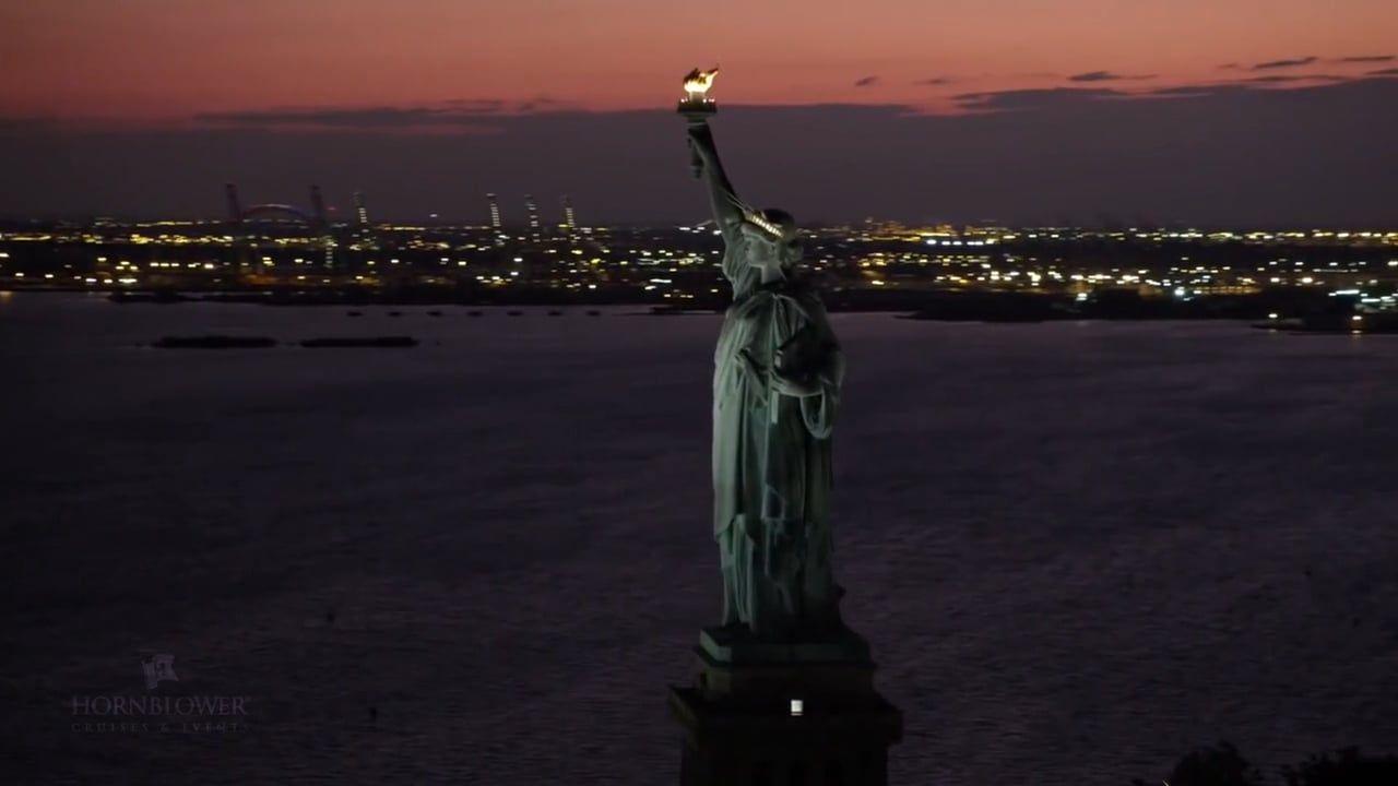 City · New York City Lights Dinner Cruise