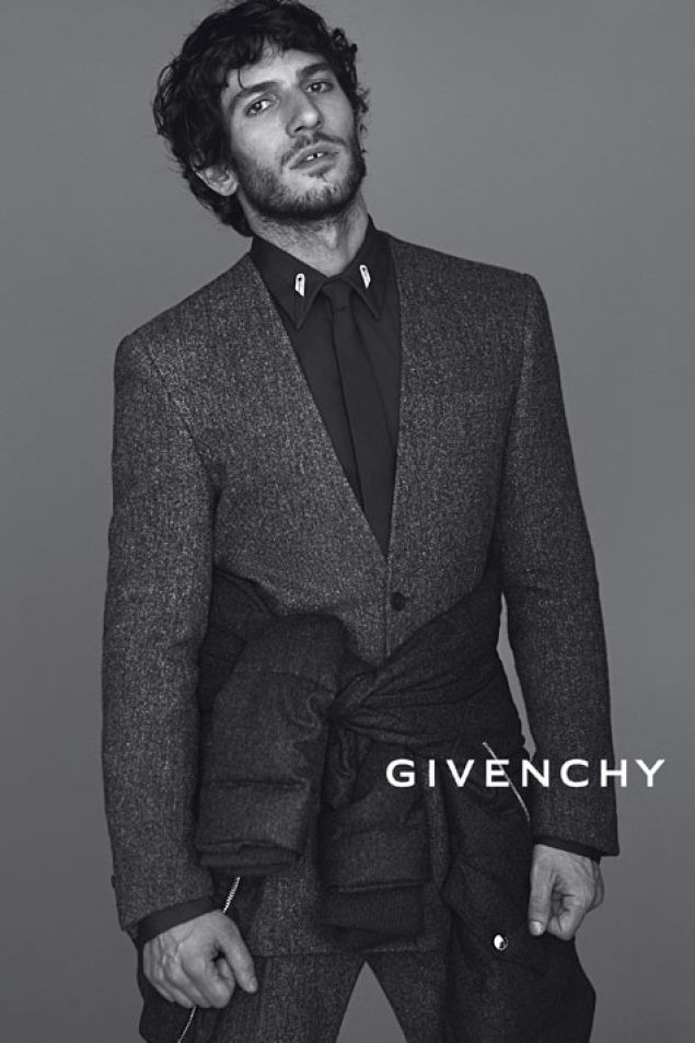 Tisci, Givenchy y la familia   Álbumes yodona.com