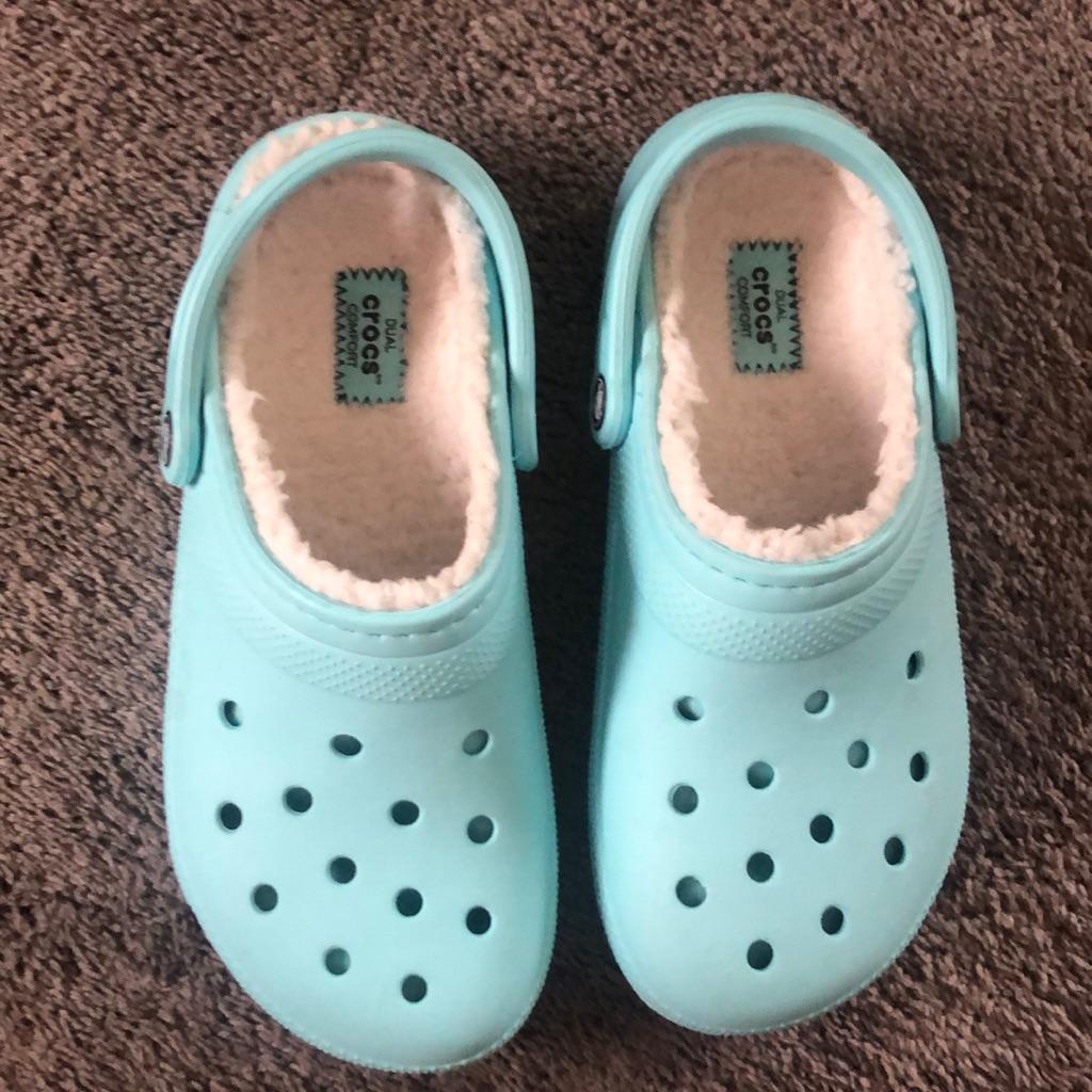 Fuzzy crocs, Blue crocs, Crocs